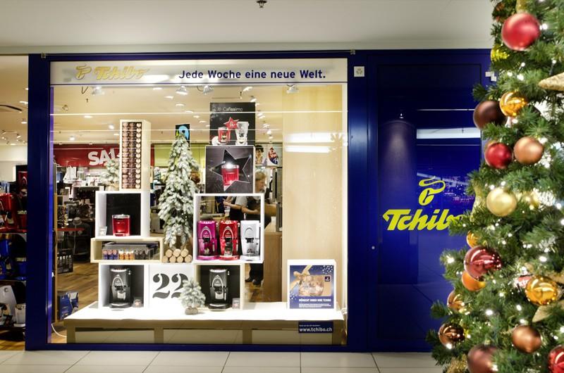 tchibo frutiger display ag dekorationskonzept dekorationsartikel dekorationsmaterial. Black Bedroom Furniture Sets. Home Design Ideas
